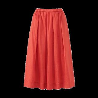 このコーデで使われているUNIQLOのミモレ丈スカート[レッド/オレンジ]