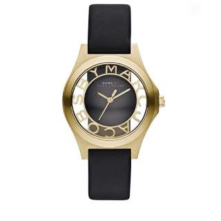 このコーデで使われているMarc by Marc Jacobsの腕時計[ブラック/ゴールド]