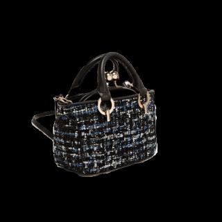 このコーデで使われているZARAのハンドバッグ[ブラック/ブルー]