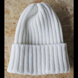 caphのニット帽