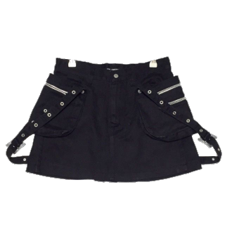 このコーデで使われているOZONE COMMUNITYのミニスカート[ブラック]