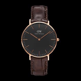 このコーデで使われているDaniel Wellingtonの腕時計[ブラック/ブラウン]