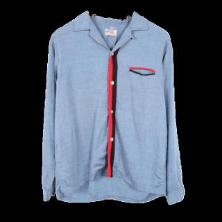 このコーデで使われているVINTAGEのシャツ/ブラウス[ブルー]