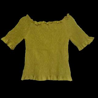 このコーデで使われているRETRO GIRLのTシャツ/カットソー[イエロー]