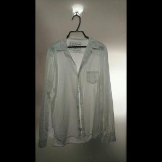 このコーデで使われているDONOBANのシャツ/ブラウス[ホワイト]