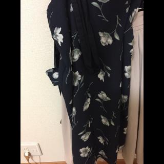 HONEYSのタイトスカート