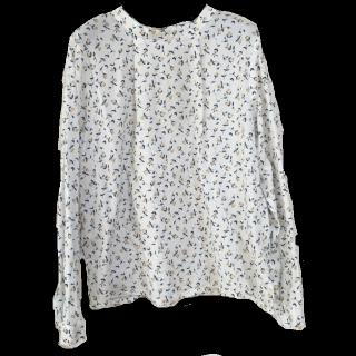 このコーデで使われているNIMESのシャツ/ブラウス[ホワイト]