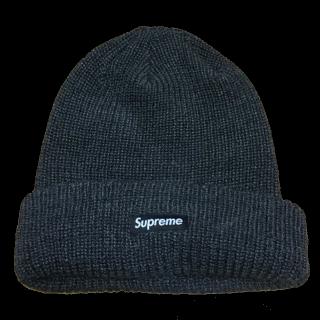 Supremeのニット帽