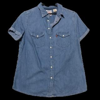 LEVI'Sのシャツ/ブラウス