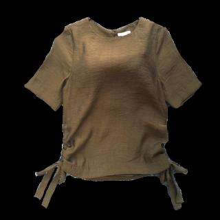 このコーデで使われているH&Mのシャツ/ブラウス[カーキ]