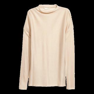 このコーデで使われているH&Mのシャツ/ブラウス[ベージュ]