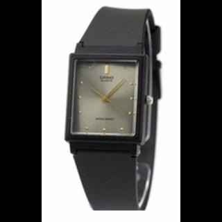 このコーデで使われているCASIOの腕時計[ブラック]