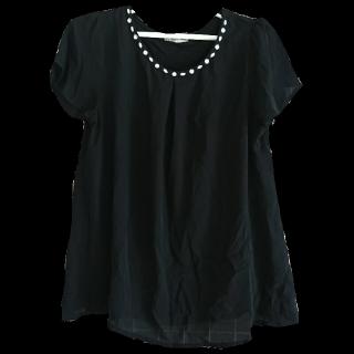 このコーデで使われているearth music&ecologyのTシャツ/カットソー[ブラック]