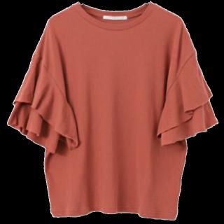 このコーデで使われているKBFのTシャツ/カットソー[ブラウン]