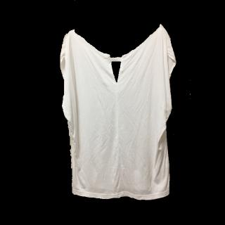 このコーデで使われているPinky&DianneのTシャツ/カットソー[ホワイト]