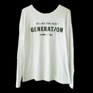 このコーデで使われているZARAのTシャツ/カットソー[ホワイト]