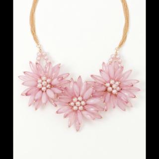 Noelaのネックレス