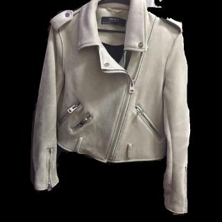 ZARA WOMANのライダースジャケット