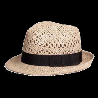 このコーデで使われているH&Mの帽子[ベージュ/ブラック/キャメル]