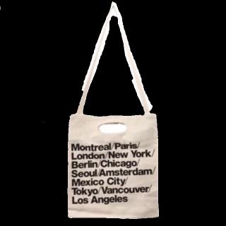 このコーデで使われているAmerican Apparelのトートバッグ[ベージュ]