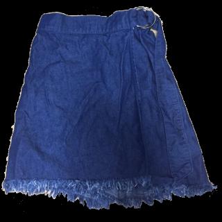 HONEYSのスカート
