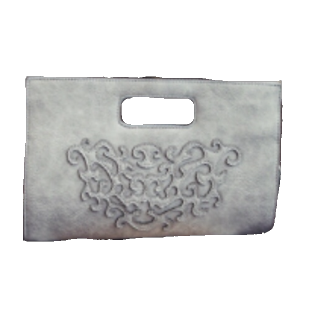 このコーデで使われているクラッチバッグ[グレー]