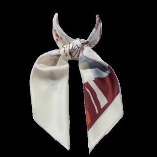 このコーデで使われているROPE'のスカーフ[ホワイト/ボルドー/ブルー]