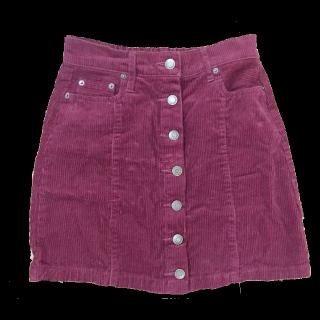 このコーデで使われているINGNIのタイトスカート[ボルドー]