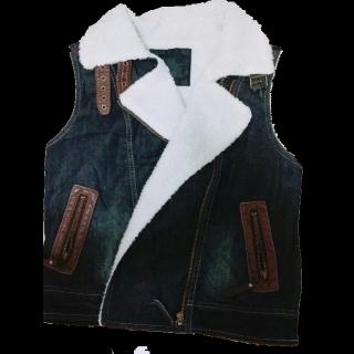 不明のデニムジャケット