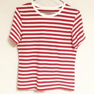 このコーデで使われているGreen ParksのTシャツ/カットソー[ホワイト/レッド]