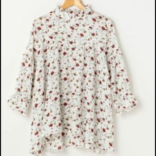 このコーデで使われているRay Cassinのシャツ/ブラウス[ホワイト]