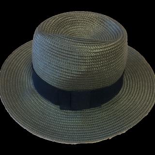 このコーデで使われているAZUL by moussyの帽子[ネイビー/ブラック]