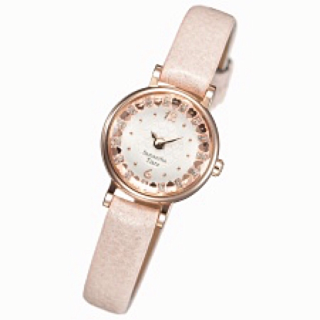 このコーデで使われているSamantha Tiaraの腕時計[ピンク]