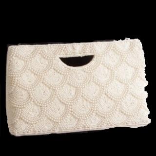 このコーデで使われているクラッチバッグ[ホワイト]
