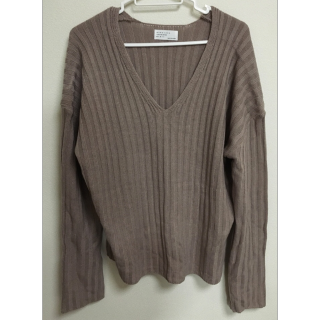 不明のニット/セーター