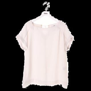 このコーデで使われているTONALのシャツ/ブラウス[ホワイト]