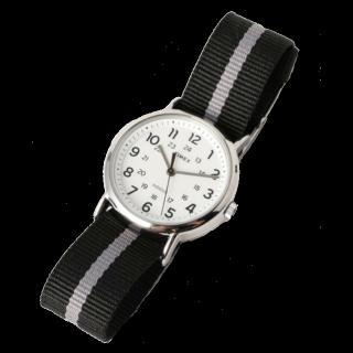 このコーデで使われているTIMEXの腕時計[グレー/ネイビー/シルバー]