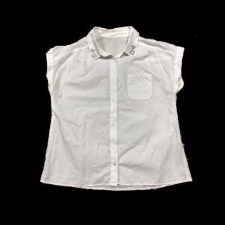このコーデで使われているHONEYSのTシャツ/カットソー[ホワイト]