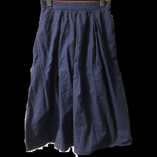 Heart Marketのミモレ丈スカート