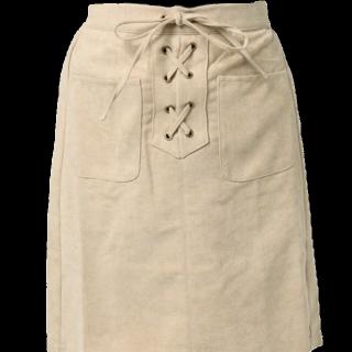このコーデで使われているmysticのひざ丈スカート[ベージュ]