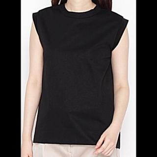 このコーデで使われているSTRAS BURGOのTシャツ/カットソー[ブラック]