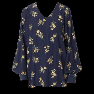このコーデで使われているIENAのシャツ/ブラウス[ネイビー]