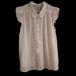 このコーデで使われているRETRO GIRLのシャツ/ブラウス[グレー]