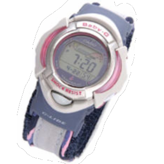 このコーデで使われているCASIOの腕時計[ピンク]