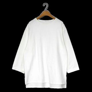 このコーデで使われているdholicのTシャツ/カットソー[ホワイト]