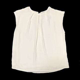 このコーデで使われているMANGOのTシャツ/カットソー[ホワイト]