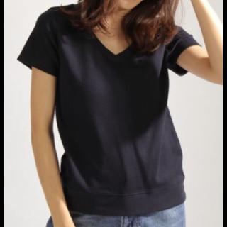 このコーデで使われているBAYFLOWのTシャツ/カットソー[ネイビー]