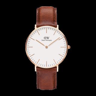 このコーデで使われているDaniel Wellingtonの腕時計[ブラウン]