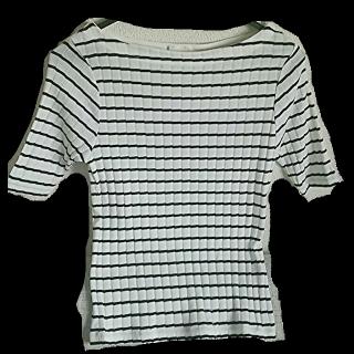 このコーデで使われているGUのTシャツ/カットソー[ホワイト/ブラック]