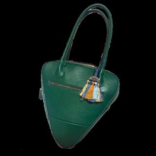 このコーデで使われているADIEU TRISTESSEのハンドバッグ[グリーン]